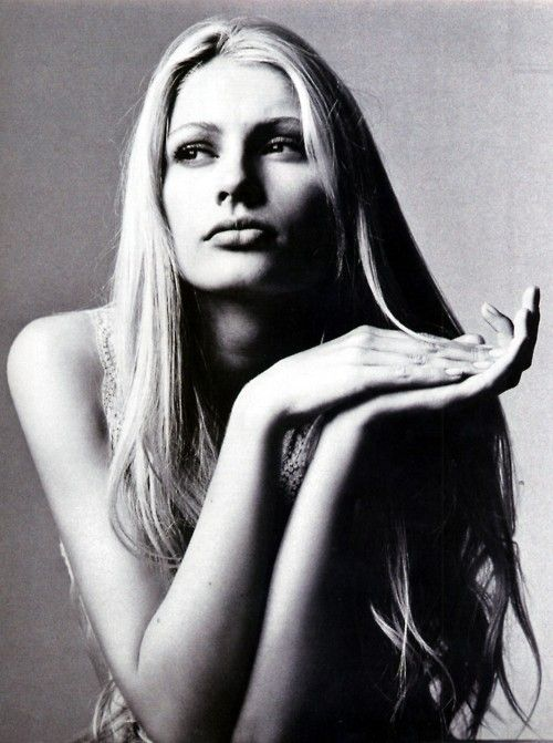 Kirsty Hume Nackt foto 2